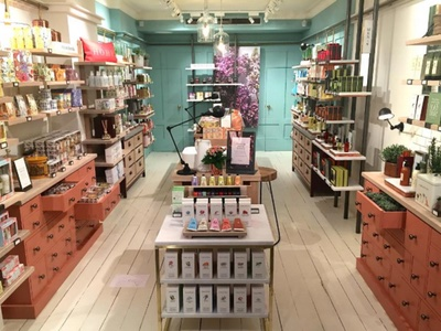 New design updates crabtree and evelyn s keystone florals - The body shop madrid ...