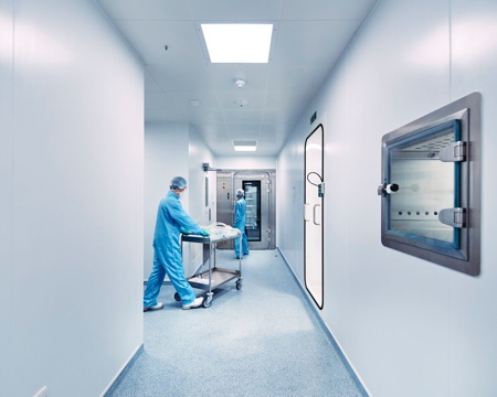 picture of The cleanroom at Oxford BioMedica