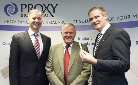 picture of Left to right: Peter Mulrooney, CEO Proxy Biomedical, Sean � C�l�in, CEO of �dar�s na Gaeltachta and Minister Sean Kyne. Photography: Andrew Downes