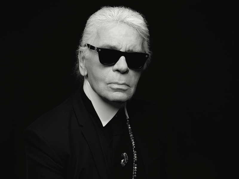 Karl Lagerfeld Chanels Creative Director Dies Aged 85