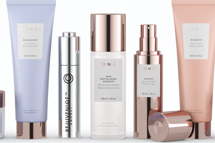 Monat Unveils New Sets For Christmas