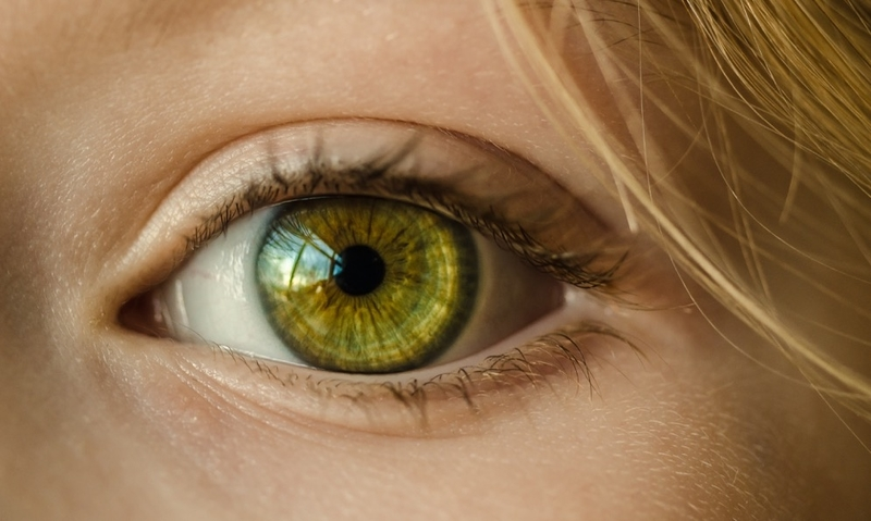 European Commission Gives The Green Light To Eyelash Dyes