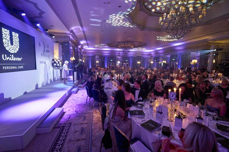 868d947af CEW celebrates the best in beauty at 2017 Achiever Awards